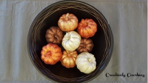 A quick and easy way to add some fall decor to your home.   www.c2creativelycourtney.wordpress.com
